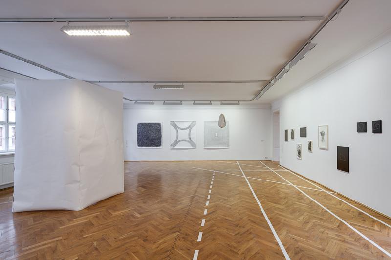 Christoph Rodde: Zeichenzelle, 2013;   Pongpong 1 2012; Vierung, 2012