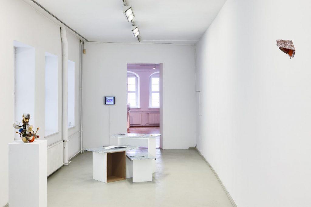 Ausstellungsansicht, Arbeiten von Guido Reddersen, Nelly Knatz, Thomas Helbig, Foto: David Brandt