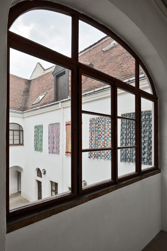 Ulrike Grossarth: Stoffe aus Lublin. Foto: David Brandt