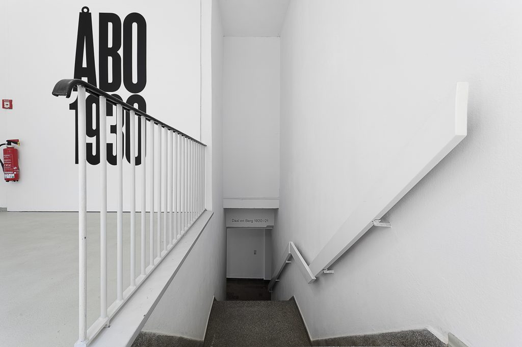 Liam Gillick, Significant Places, 1990, Courtesy: the artist