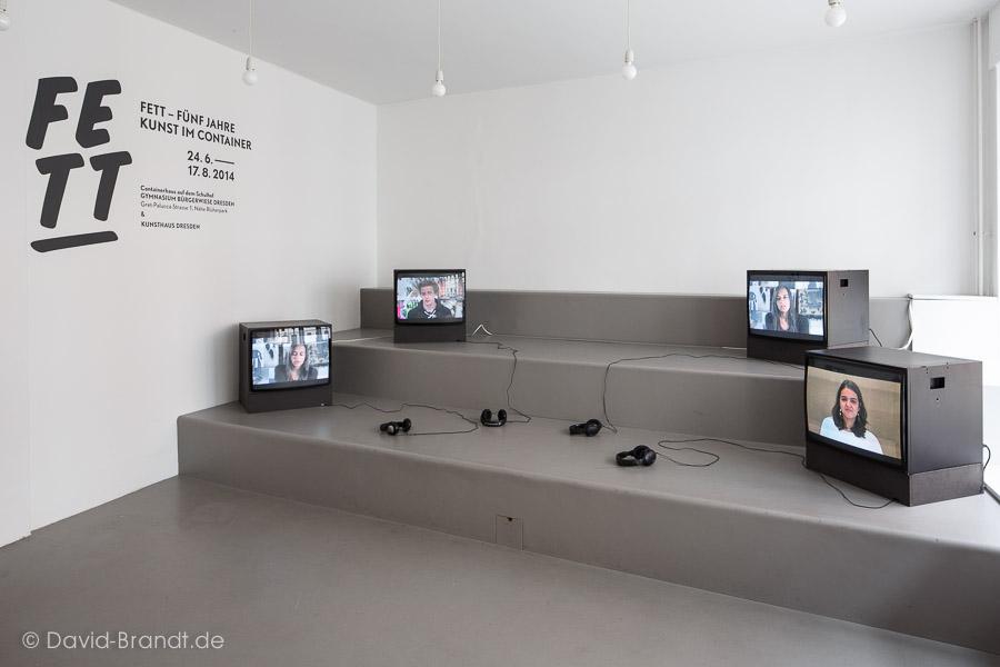Show & Tell - Videointerviews mit den Schüler_innen. Videos: Theo Thiesmeier . Foto: David Brandt