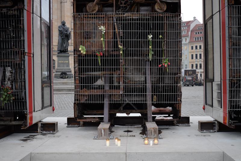 Manaf Halbouni: Monument, 2017. Foto: Kunsthaus Dresden