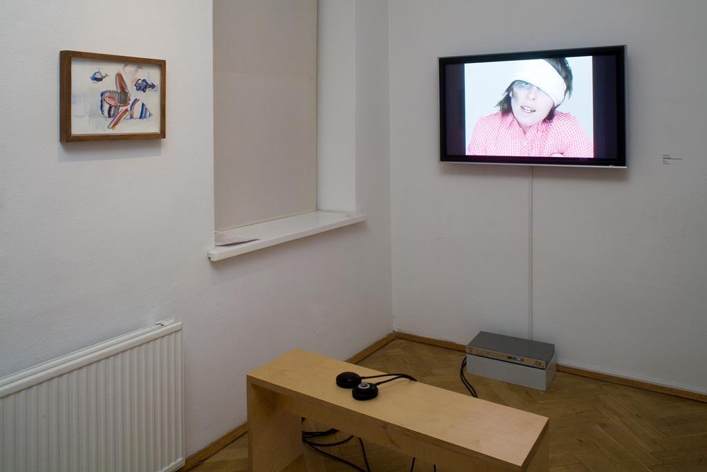 Julie Lequin: The Lumberjack aus dem Flying Wool Slipper-Projekt, 2005.  Courtesy Dawson Weber. Ausstellungsansicht