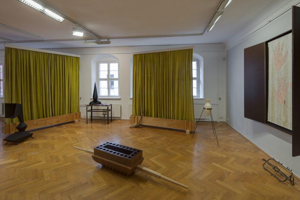 Ausstellungsansicht 1000°mit Arbeiten von Marco Miersch Kunsthaus Dresden 2020/21, Foto: David Brandt
